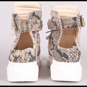 Cape Robbin Shoes - Trendy Snakeskin Peep Toe Sneakers